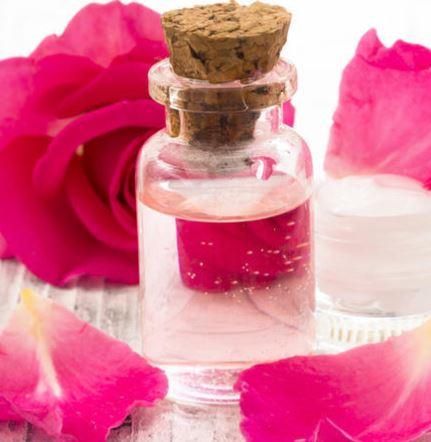 आर्गेनिक गुलाब जल के फायदे