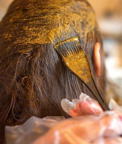 बालों में हिना मेहँदी