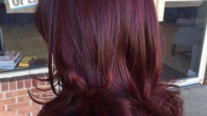 इन तरीकों को अपना कर अपने बालों को दें नेचुरल बरगंडी कलर।