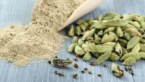 होममेड इलायची फेस पैक – Homemade cardamom face pack in hindi
