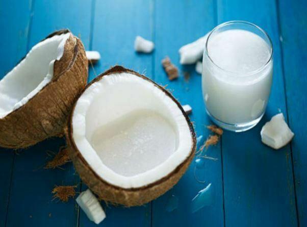 कोकोनट मिल्क के फायदे