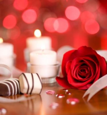 वैलेंटाइन डे पर क्या गिफ्ट दें – Valentine day par kya gift de?