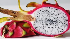 Benefits of dragon fruit in hindi : ड्रेगन फ्रूट के फायदे (Dragon fruit khane ke fayde).