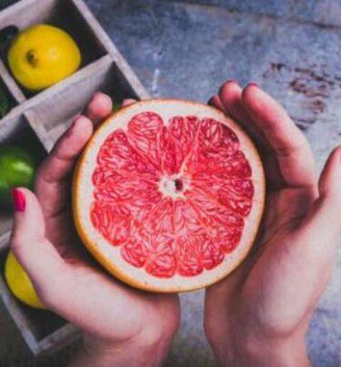 Homemade grapefruit face mask in hindi : घर पर चकोतरा फेस मास्क बनाने की विधि।